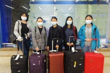 モンゴル人学生5名が入国いたしました
